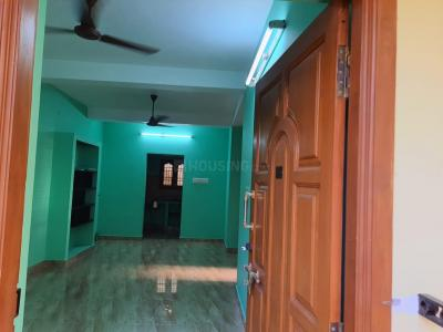 Gallery Cover Image of 1200 Sq.ft 2 BHK Apartment for rent in Neelankarai for 15000