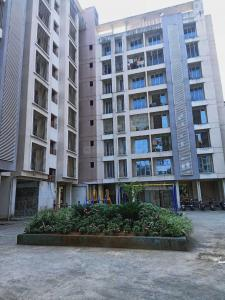 Gallery Cover Image of 2380 Sq.ft 4 BHK Apartment for buy in Rashmi Housing Signature, Mira Road East for 16000000