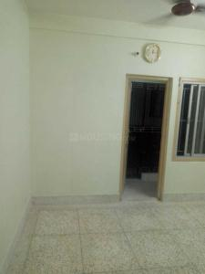 Gallery Cover Image of 710 Sq.ft 2 BHK Apartment for buy in Netaji Nagar for 2600000