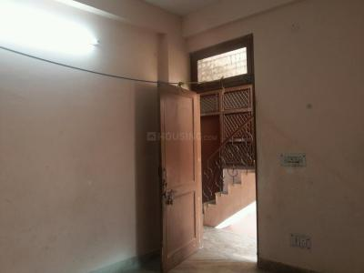 Gallery Cover Image of 350 Sq.ft 1 BHK Apartment for rent in Trilokpuri for 8000