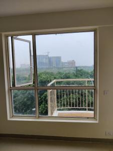 Gallery Cover Image of 498 Sq.ft 1 BHK Apartment for rent in Logix Blossom Zest, Sector 143 for 8500