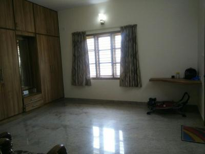 Gallery Cover Image of 1200 Sq.ft 2 BHK Apartment for rent in Sanjaynagar for 18000