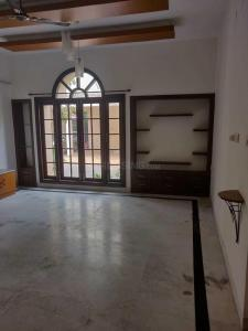 Gallery Cover Image of 4500 Sq.ft 5 BHK Villa for rent in Perungudi for 90000