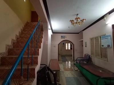 Gallery Cover Image of 1200 Sq.ft 3 BHK Independent House for rent in Iyyappanthangal for 22000