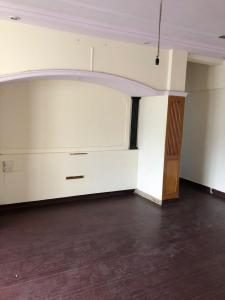 Gallery Cover Image of 1000 Sq.ft 2 BHK Apartment for rent in Wild Wood Park Apartments, Andheri West for 60000