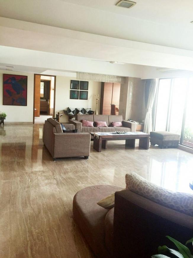 Living Room Image of 2250 Sq.ft 3 BHK Apartment for rent in Malabar Hill for 450000