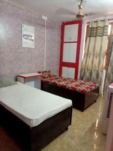 Bedroom Image of The Dreams PG in Dwarka Mor