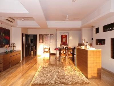 Gallery Cover Image of 2235 Sq.ft 4 BHK Apartment for buy in Jolly Apartments, Santacruz West for 63000000