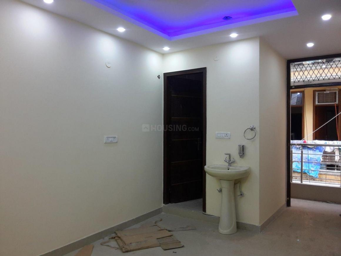 Living Room Image of 500 Sq.ft 1 BHK Independent Floor for buy in Chhattarpur for 1700000