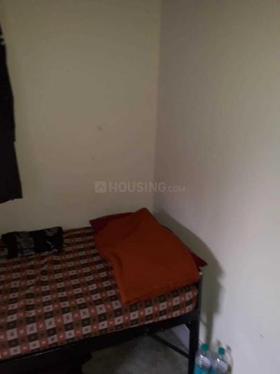 न्यू थिप्पसंदरा में श्री साई लेडिज पीजी में बेडरूम की तस्वीर