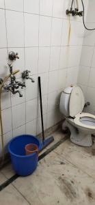 Bathroom Image of Surya PG in Shalimar Bagh