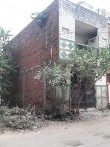 Gallery Cover Image of 720 Sq.ft 4 BHK Independent Floor for buy in Jhusi for 4500000
