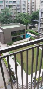 Gallery Cover Image of 1450 Sq.ft 3 BHK Apartment for buy in Swati Procon Florence, Bopal for 6000000