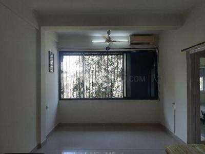 Gallery Cover Image of 950 Sq.ft 2 BHK Apartment for rent in Santacruz East for 45000
