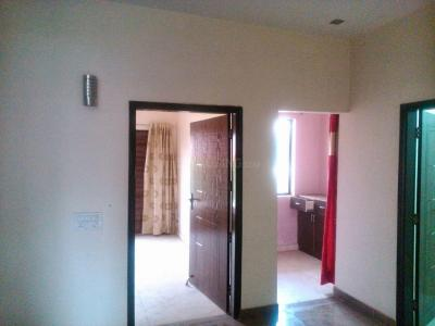 Gallery Cover Image of 1000 Sq.ft 2 BHK Apartment for rent in Sector 92 for 12000