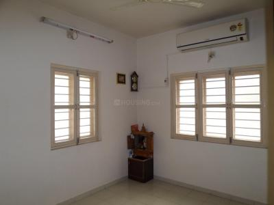 Gallery Cover Image of 1800 Sq.ft 3 BHK Independent House for buy in Motera for 10000000