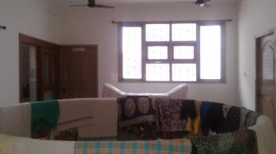 Gallery Cover Image of 1000 Sq.ft 3 BHK Independent House for rent in Marakkanam for 25000