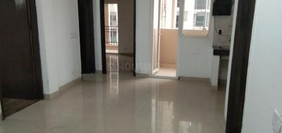 Gallery Cover Image of 915 Sq.ft 2 BHK Apartment for rent in Noida Extension for 8000