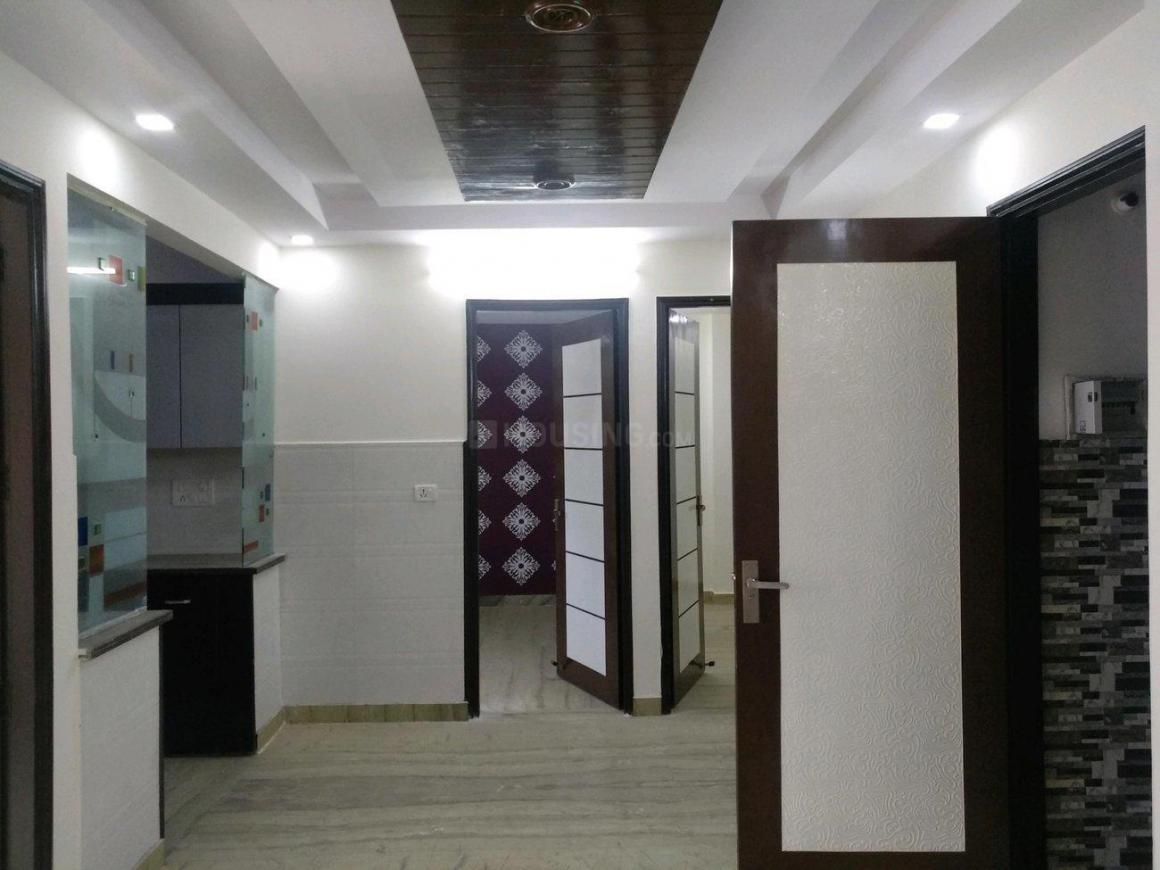 Living Room Image of 1000 Sq.ft 3 BHK Apartment for buy in Mansa Ram Park for 5200000