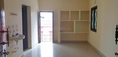 Gallery Cover Image of 500 Sq.ft 1 BHK Apartment for rent in Sithalapakkam for 6000
