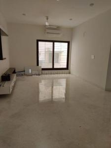 Gallery Cover Image of 2600 Sq.ft 3 BHK Apartment for rent in Chetpet for 90000