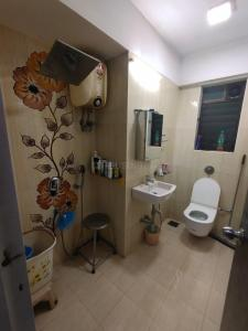 Bathroom Image of Richa Horizon in Dadar West