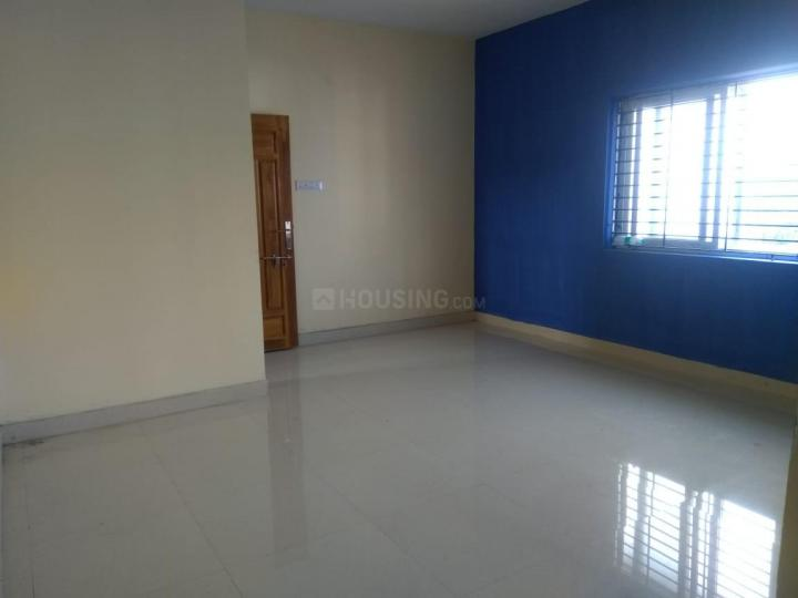Hall Image of 760 Sq.ft 2 BHK Apartment for buy in Ambattur for 3500000