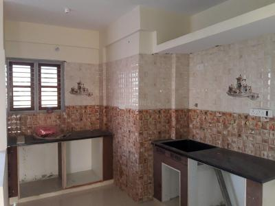 Gallery Cover Image of 1150 Sq.ft 2 BHK Apartment for rent in Rajajinagar for 17000