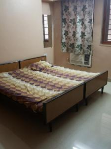 Gallery Cover Image of 600 Sq.ft 1 BHK Apartment for rent in Tardeo for 75000
