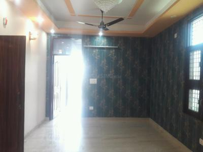 Gallery Cover Image of 900 Sq.ft 2 BHK Apartment for buy in Shastri Nagar for 2200000