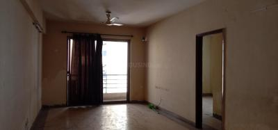 Gallery Cover Image of 1200 Sq.ft 2 BHK Apartment for rent in Ujjwala Luxury Apartments, Rajarhat for 20000