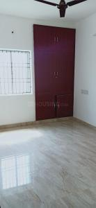 Gallery Cover Image of 900 Sq.ft 2 BHK Independent Floor for rent in Maduravoyal for 15000
