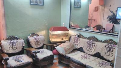 Gallery Cover Image of 700 Sq.ft 2 BHK Independent Floor for rent in Sunlight Colony for 12000