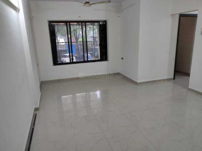 Gallery Cover Image of 1050 Sq.ft 3 BHK Apartment for rent in Vini Garden, Dahisar West for 35000