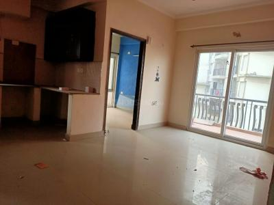 Gallery Cover Image of 650 Sq.ft 1 BHK Apartment for rent in The Antriksh Kanball 3G, Sector 77 for 8500