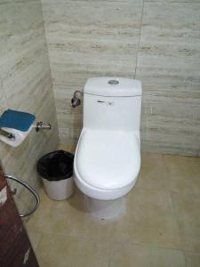 Bathroom Image of Avenues PG in Sector 39