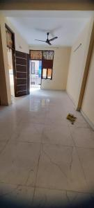 Gallery Cover Image of 600 Sq.ft 1 BHK Independent Floor for rent in Eros Rosewood City, Sector 49 for 11500