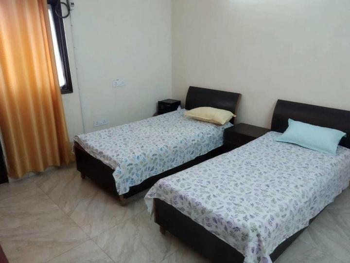 मालवीय नगर में बॉइज़ एंड गर्ल्स पीजी के बेडरूम की तस्वीर