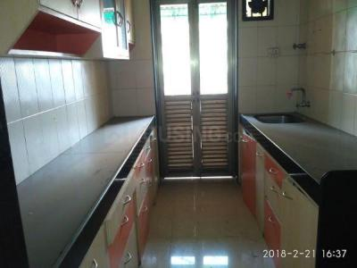Gallery Cover Image of 745 Sq.ft 2 BHK Apartment for rent in Kandivali East for 24500