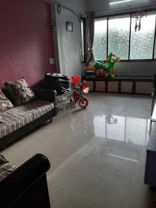 Gallery Cover Image of 800 Sq.ft 2 BHK Apartment for rent in Santacruz West for 65000
