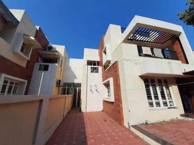 Gallery Cover Image of 3465 Sq.ft 4 BHK Villa for buy in Thaltej for 55000000
