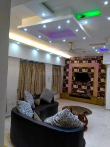 Gallery Cover Image of 2800 Sq.ft 3 BHK Apartment for rent in Vedic Sanjeeva Town Duplex, New Town for 40000