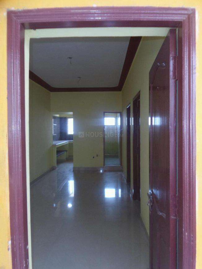Main Entrance Image of 700 Sq.ft 2 BHK Apartment for rent in Porur for 8500