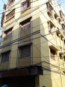 Gallery Cover Image of 1070 Sq.ft 3 BHK Apartment for buy in Lake Town for 4100000