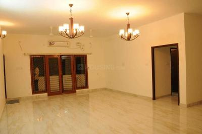Gallery Cover Image of 7000 Sq.ft 6 BHK Independent House for buy in Vettuvankani for 75000000