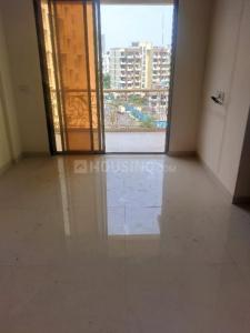 Gallery Cover Image of 650 Sq.ft 1 BHK Apartment for rent in Shankeshwar Pearls, Kalyan West for 7000