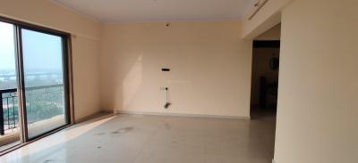 Gallery Cover Image of 1500 Sq.ft 3 BHK Apartment for rent in Mehta Amrut Aangan Phase 2, Kalwa for 27000