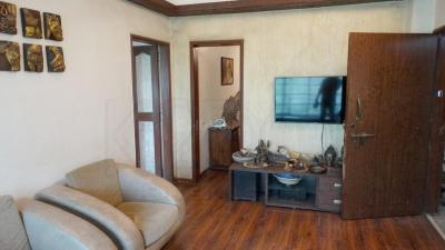 Gallery Cover Image of 750 Sq.ft 1 BHK Apartment for rent in Bandra West for 70000