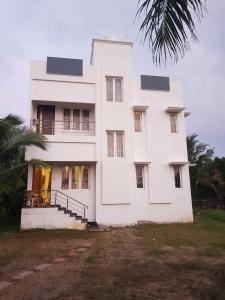 Gallery Cover Image of 2300 Sq.ft 3 BHK Independent House for buy in  Mahabalipuram for 9900000