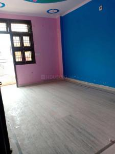 Gallery Cover Image of 675 Sq.ft 2 BHK Independent Floor for rent in Dwarka Mor for 10000